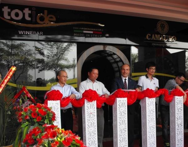Cevico, primo wine bar in Cina