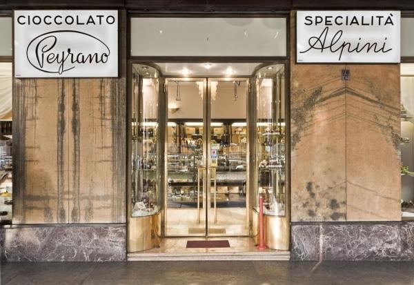 Peyrano chiude il negozio di Torino e punta sul cioccolato