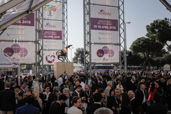 Ottima affluenza a Vinitaly, ma l'export cresce solo col Prosecco