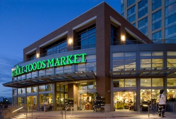 Amazon si compra una catena di supermercati bio