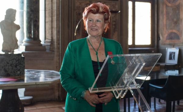 Enoteca Pinchiorri, Légion d'Honneur per Annie Féolde