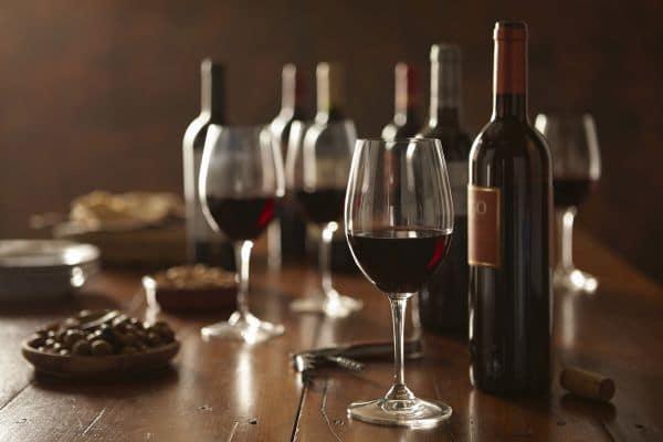 Addio alle auto, per i collezionisti è tempo di vini