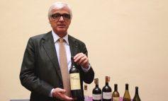 """Antonio Moretti """"firma"""" il miglior vino italiano dell'anno"""