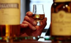 Cina a tutto whisky con il taglio dei dazi