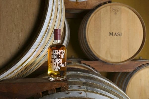 Partnership Mackmyra/Masi, nasce il single malt affinato Amarone