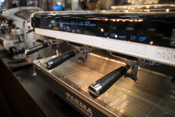 Espresso low cost in Italia, in Norvegia costa 4 volte di più