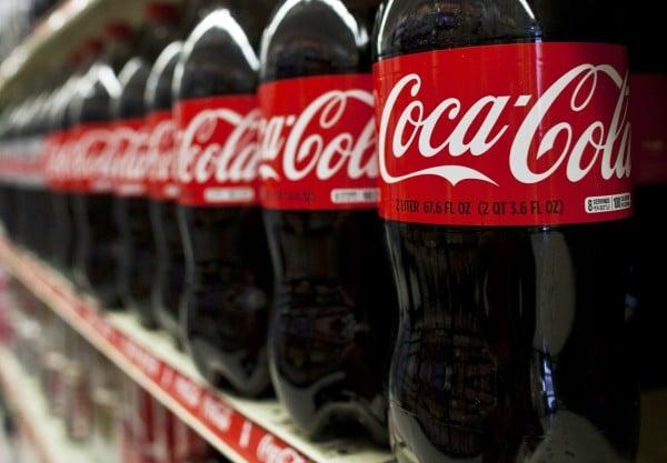 Svolta Coca-Cola, arriva la prima bevanda alcolica