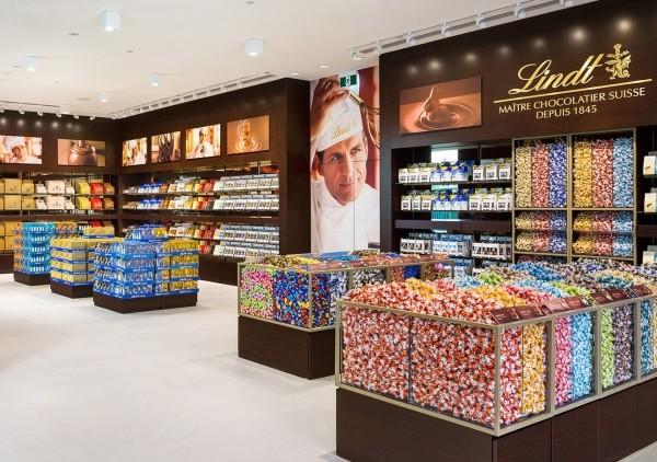 Lindt inaugura altri 4 store in Italia