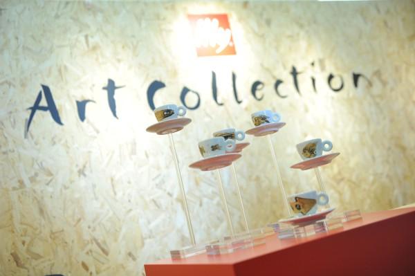 Illycaffè a 467 milioni di euro (+1,4%) lancia la nuova Art Collection