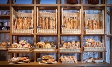 Égalité sforna baguette e croissant in Porta Venezia*