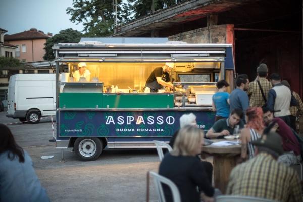 Il boom dei food truck, quasi 3mila le imprese in Italia