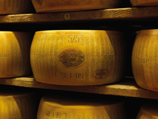 71 milioni in obbligazioni per stagionare prosciutti e formaggi