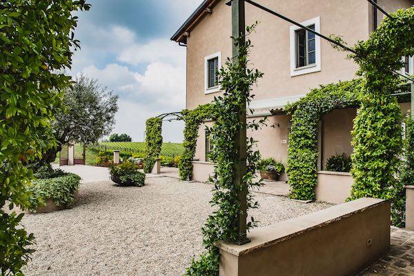 Prime Alture, vino e hospitality in Oltrepò