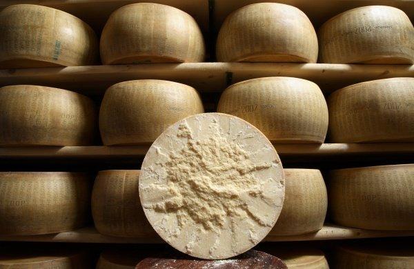 Parmigiano Reggiano oltre i 2,5 miliardi di euro