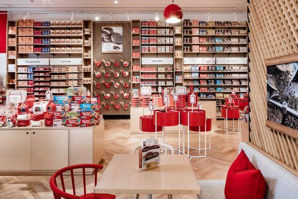 Loacker va avanti da sola e rafforza il retail