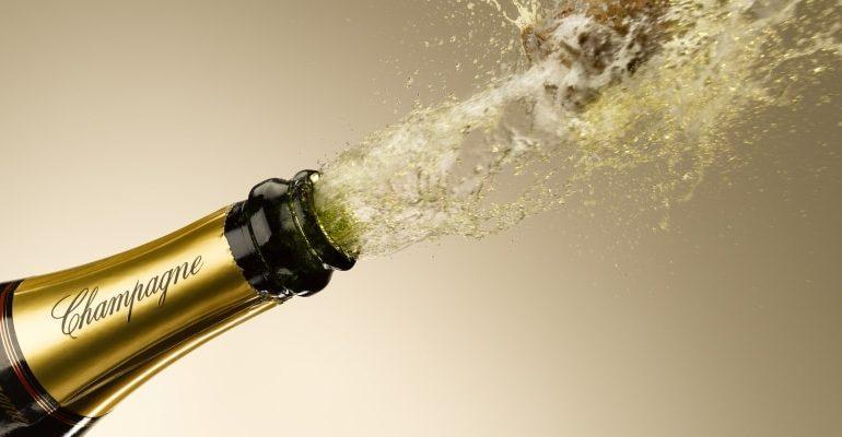 Lo Champagne paga il conto delle proteste: vendite in calo