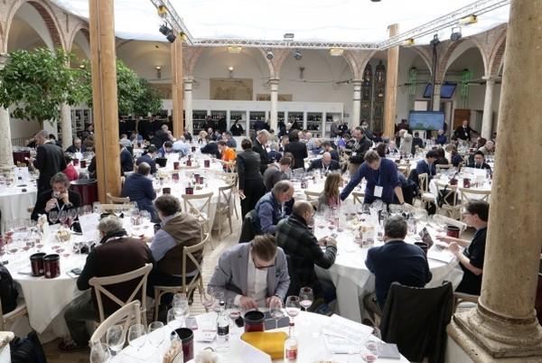 Il Brunello traina l'export dei grandi vini italiani