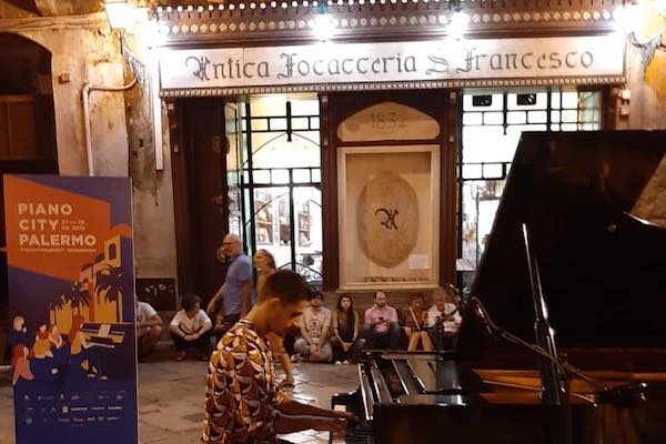 Cirfood divorzia da Feltrinelli e si prende Antica Focacceria S. Francesco