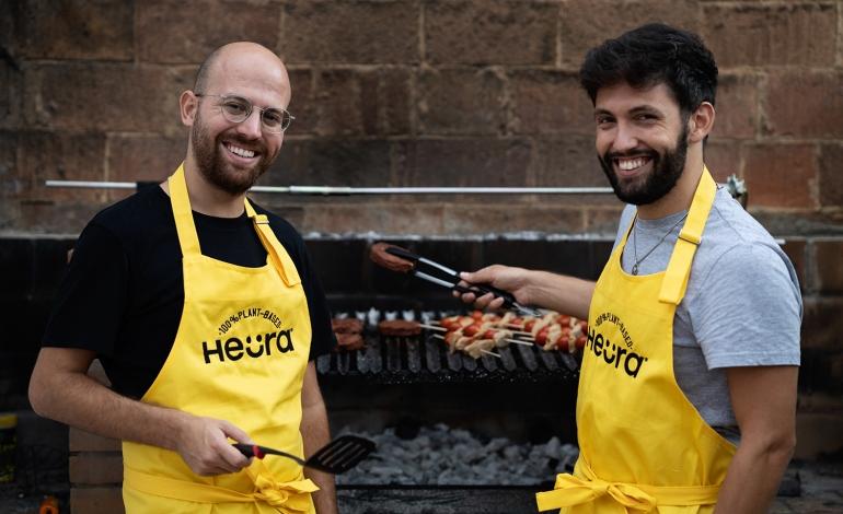 Carne vegetale, gli spagnoli di Heura puntano sull'Italia